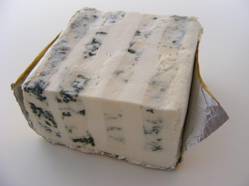 チーズマニアが選ぶ「お手頃なのに本格派!スーパーやデパートで買えるチーズ」