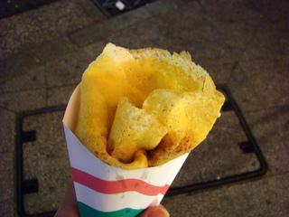 横浜中華街立ち食いできる人気お土産食べつくしツアー