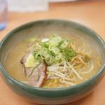 全国でも屈指のラーメン激戦区・札幌で、麺馬鹿おすすめの一杯をご紹介!