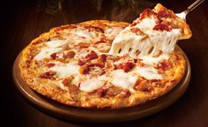 美食のプロが全部食べてランキング! 大人気宅配ピザ「ピザハット」編
