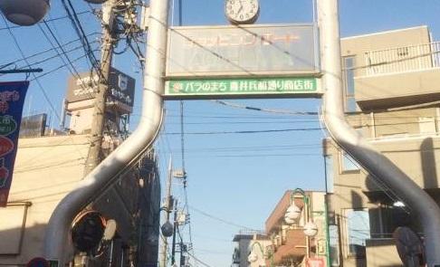 行列ができる人気朝市・第4弾! 貝づくし&昭和レトロで大満足