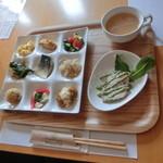 本日のオススメ3 リーフ編集長・加藤純子さんのオススメ「女性に嬉しい!京都のテイクアウトランチ」